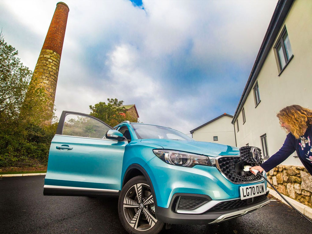 Advantages of Electric carsEICR, Penzance, Cornwall
